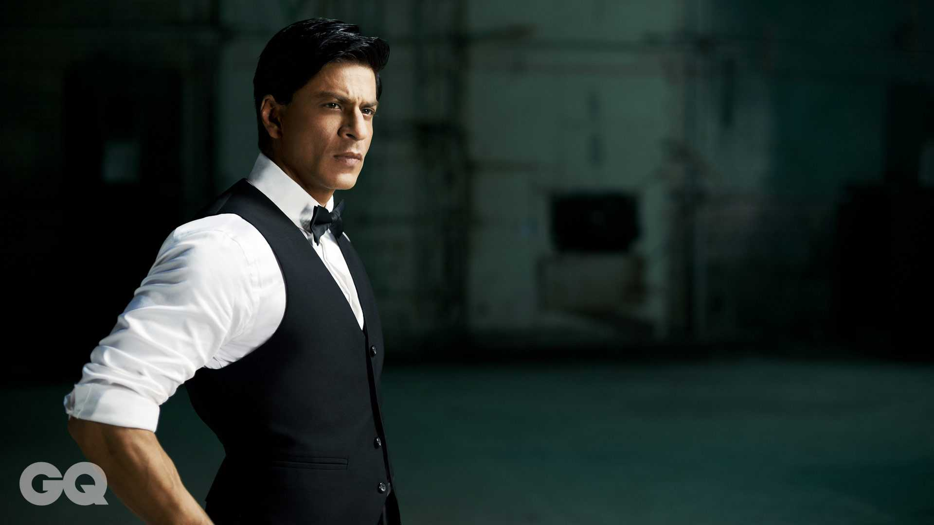 gq-shahrukh-khan-harir-tips-products